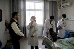 掏耳朵致鼓膜穿孔 三岁埃及男孩求医