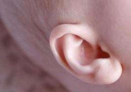 小孩子中耳炎